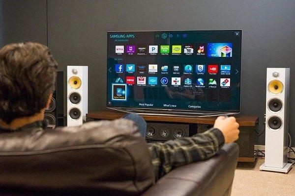 телевизор и человек